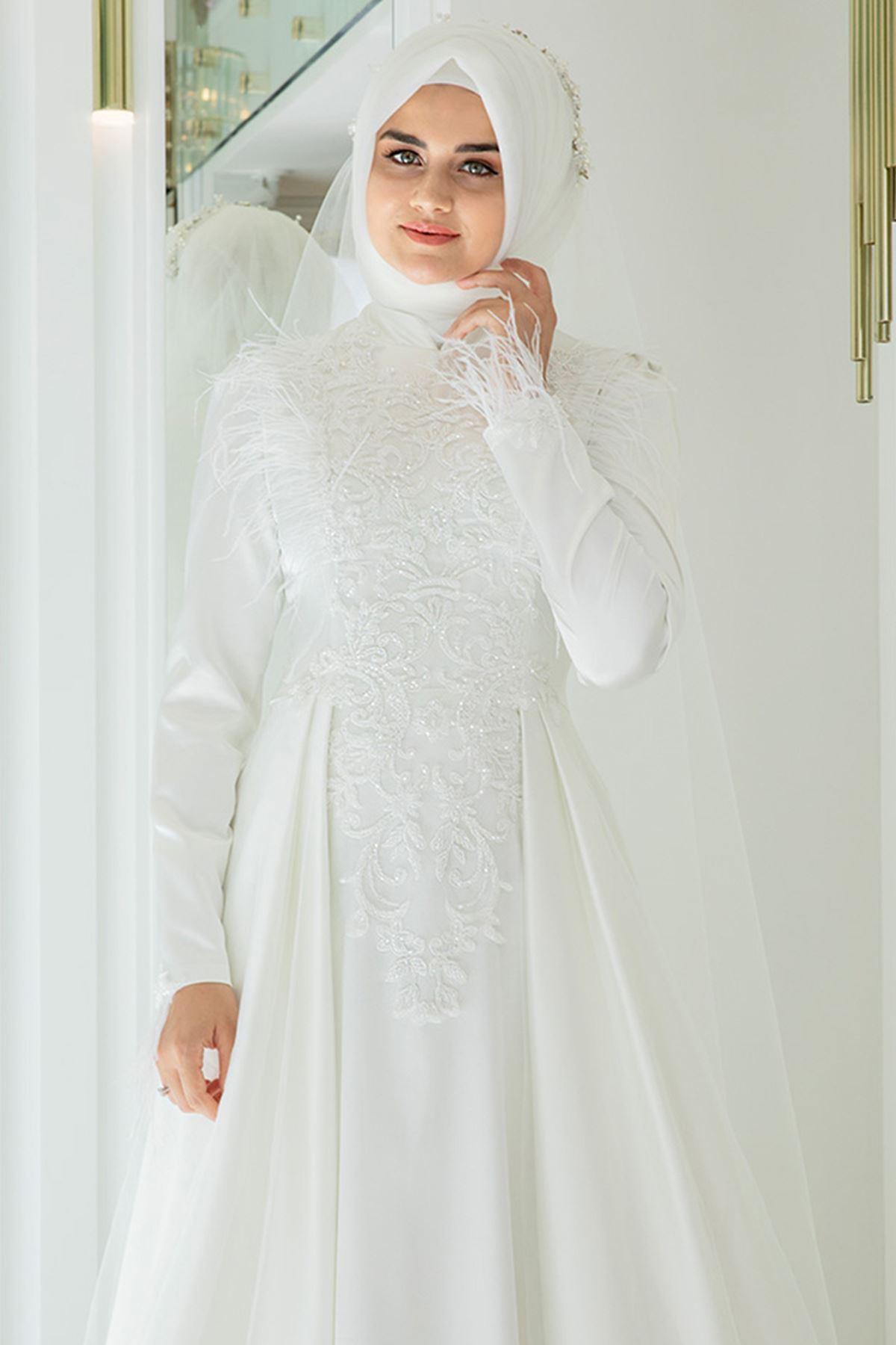 Pınar Şems Yeni Nevra Abiye Ekru