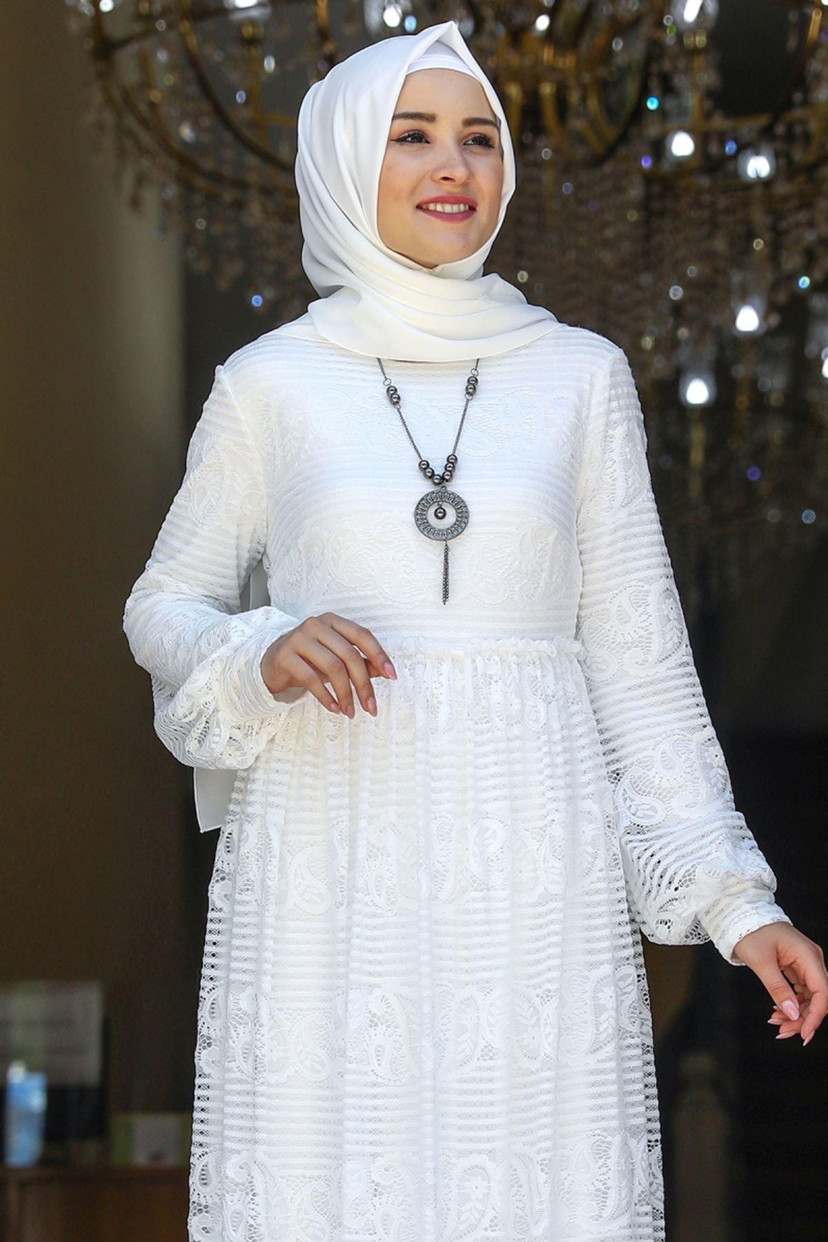 Amine Hüma Simge Dantelli Elbise Beyaz AMİ1080